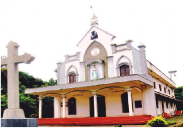 St. Mary's Knanaya Catholic Church, Punaloor, Kollam